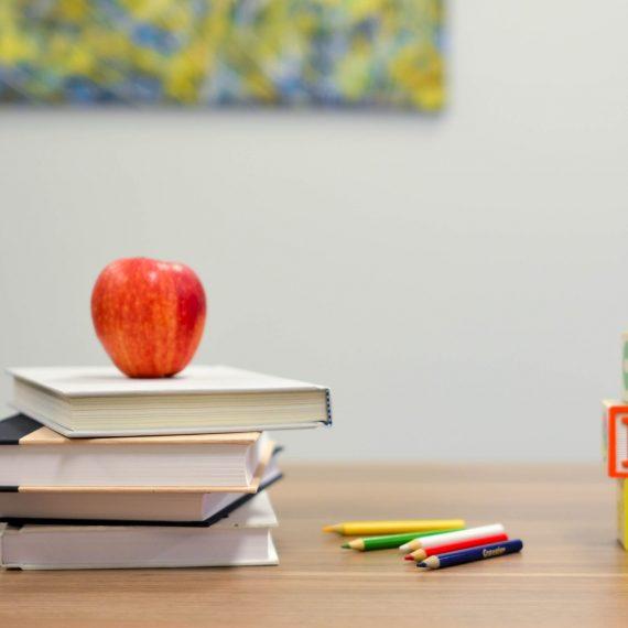 На практиці «Перші дні дитини в школі», 4В сп.013 Початкова освіта.