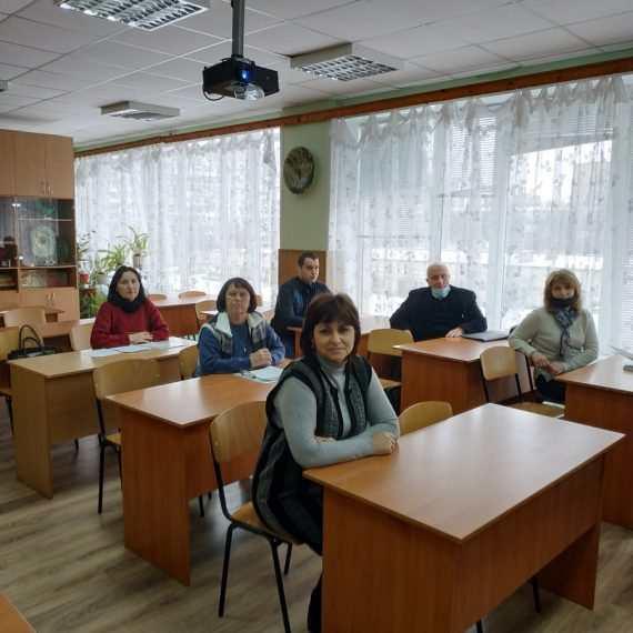 Засідання викладачів циклової комісії природничих дисциплін та соціально-гуманітарної підготовки